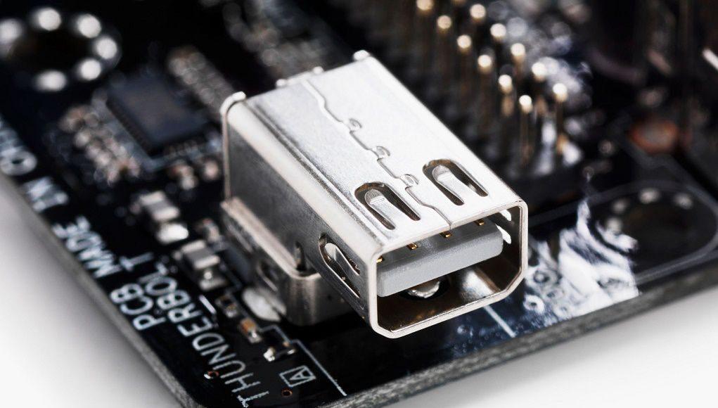 Lỗ hổng Thunderbolt khiến máy tính bị tấn công chỉ trong vài phút