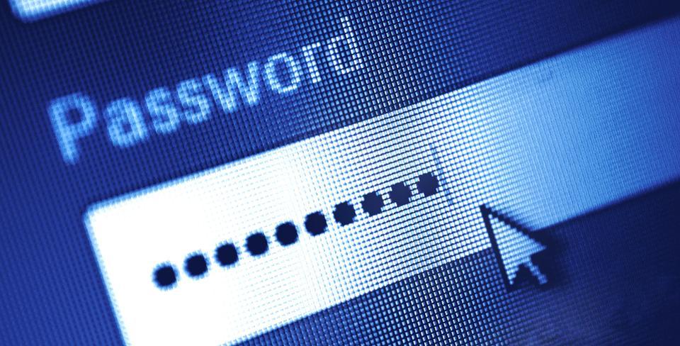 Làm thế nào biết mật khẩu tài khoản trực tuyến bị rò rỉ trên dark web?