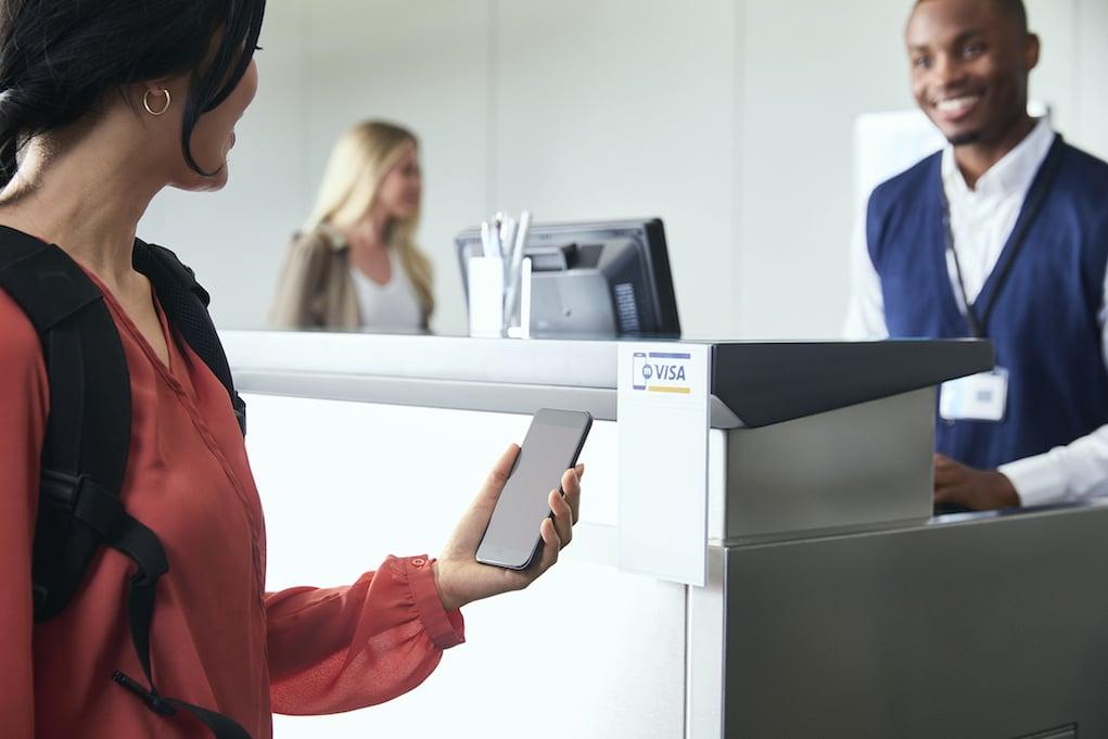 Visa: tỉ lệ sử dụng tiền mặt tại Việt Nam đang giảm dần