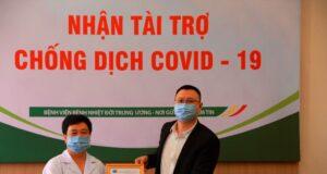 Huawei Việt Nam trao tặng thiết bị cho Bệnh viện Bệnh Nhiệt đới Trung ương