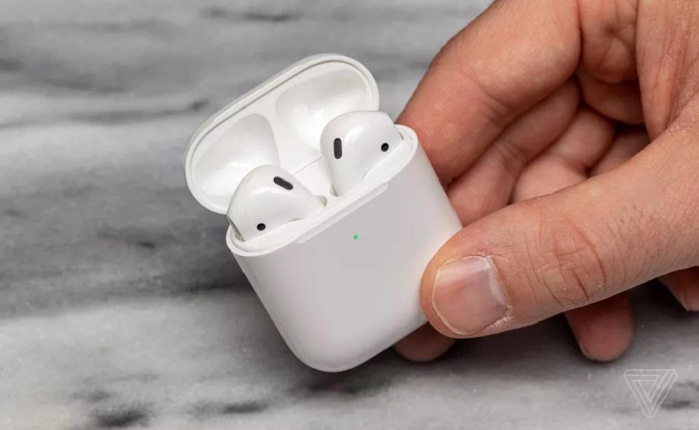 Apple giúp AirPods tăng tuổi thọ pin với tính năng sạc thông minh trên iOS 14