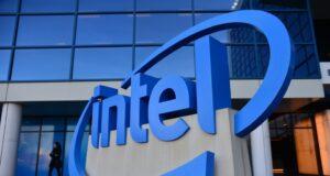Giám đốc Điều hành mảng phần cứng của Intel rời công ty từ 3/8