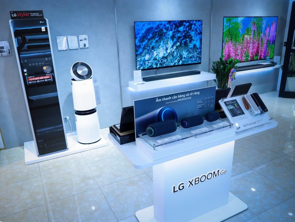 Khai trương LG Premium Showroom tại Hà Nội