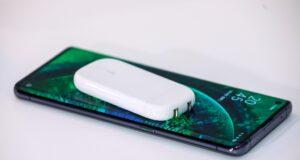 OPPO ra mắt 4 công nghệ sạc nhanh VOOC mới gồm cả sạc nhanh không dây