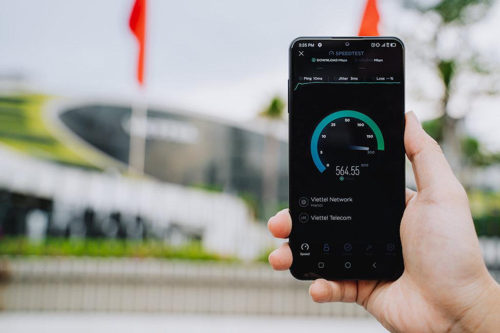 VinSmart phát triển điện thoại 5G tích hợp bảo mật điện toán lượng tử
