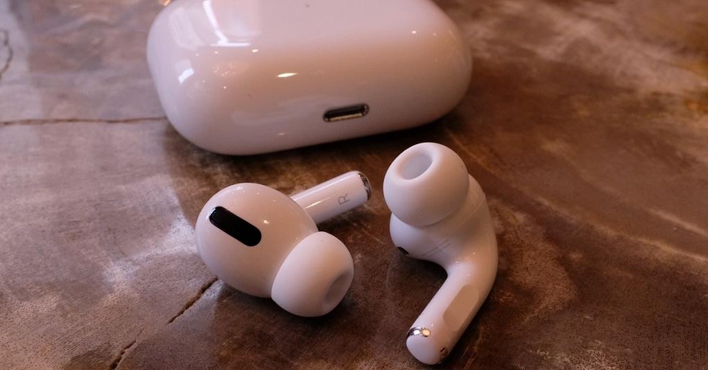 Tai nghe AirPods và AirPods Pro có tính năng chống nước không?