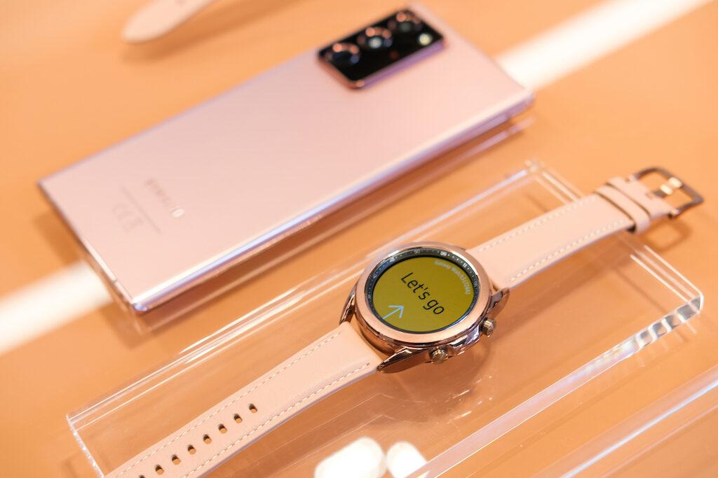 Ảnh thực tế Samsung Galaxy Watch3 tại Việt Nam