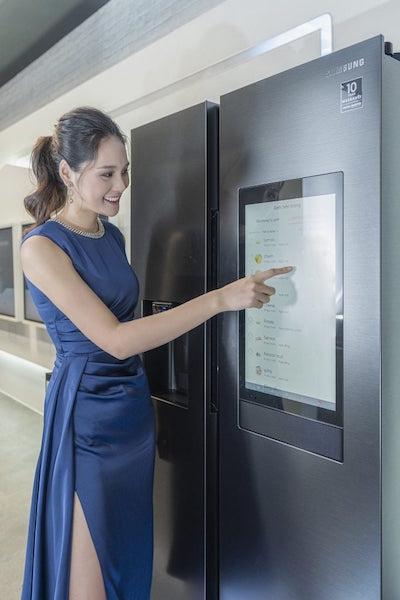 Samsung chính thức bán tủ lạnh thông minh Family Hub, giá gần 60 triệu đồng