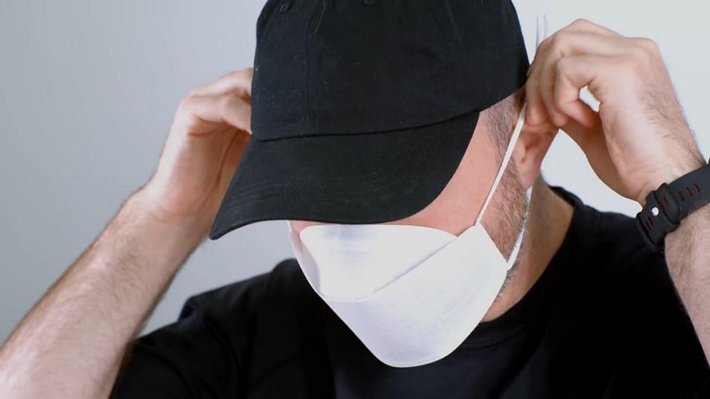 Cùng xem video bóc hộp khẩu trang Apple Mask do Nhà Táo tự thiết kế