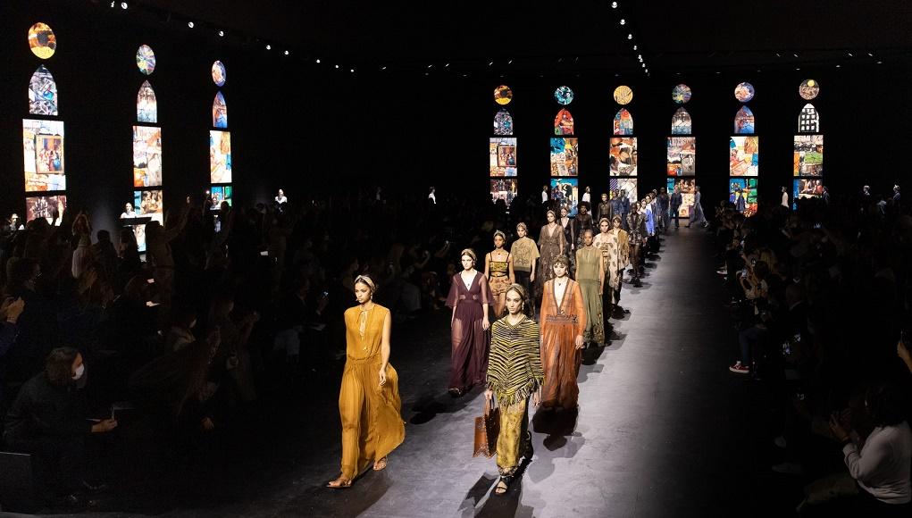 Dior phát trực tiếp buổi giới thiệu Bộ sưu tập Xuân - Hè 2021 trên TikTok