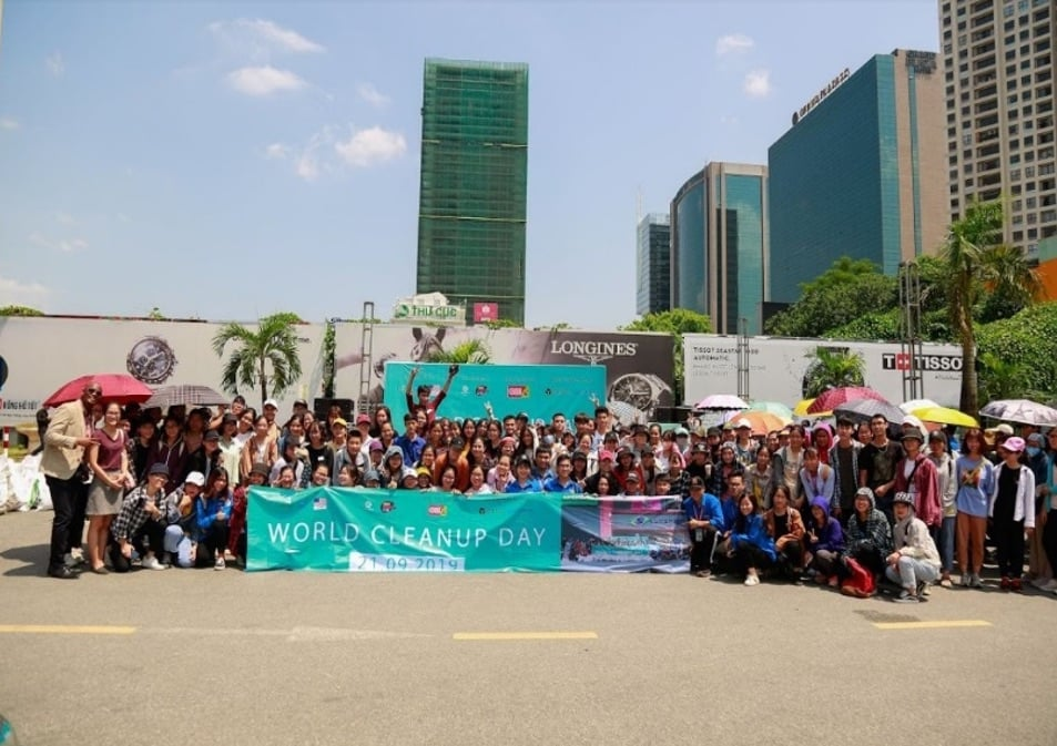 Canon đồng hành chiến dịch World Cleanup Day 2020 tại Hà Nội