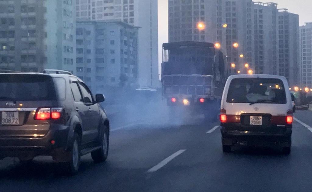 Giảm ô nhiễm không khí bắt đầu từ giao thông