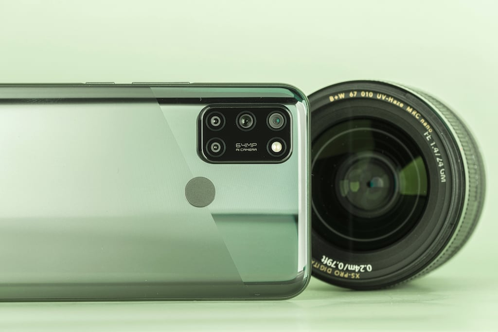 Realme 7i ra mắt, ưu đãi đặt cọc đến 1,1 triệu đồng