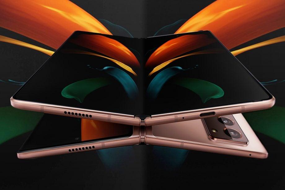 Galaxy Z Fold 2 vượt qua bài kiểm tra về độ bền và tính năng chống bụi bẩn