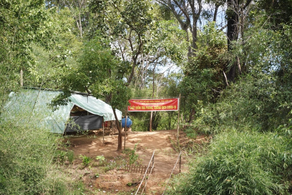Chặng 2 hành trình xuyên Việt đã đến huyện biên giới Ea Súp