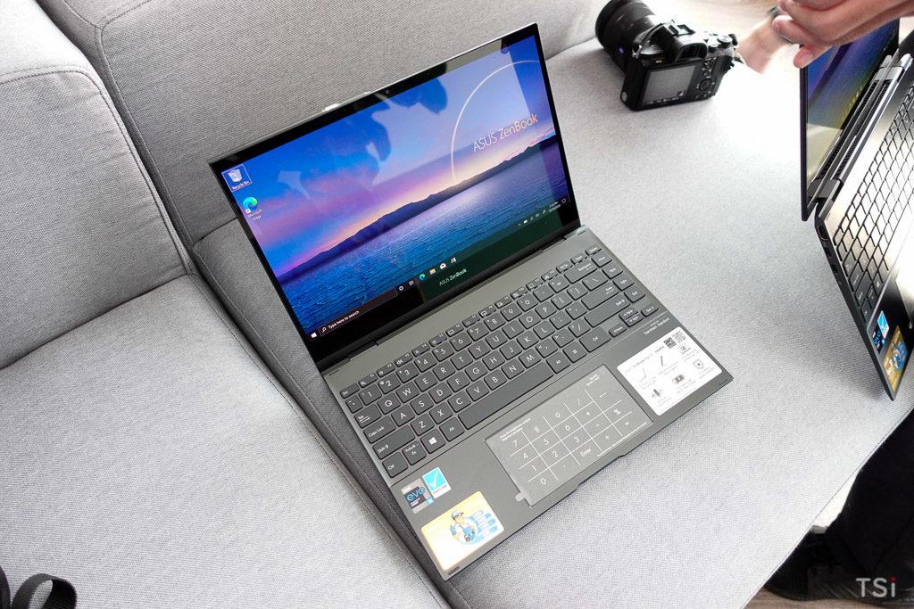 ASUS ra mắt bội đôi laptop ZenBook Flip màn hình OLED, giá từ 25,99 triệu đồng