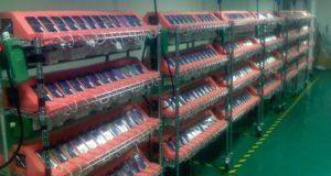 Lộ ảnh dây chuyền sản xuất iPhone năm 2007: Còn đơn giản và thô sơ