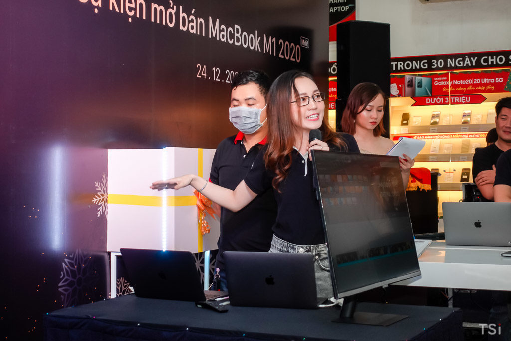 FPT Shop mở bán MacBook M1 2020 chính hãng đầu tiên tại Việt Nam