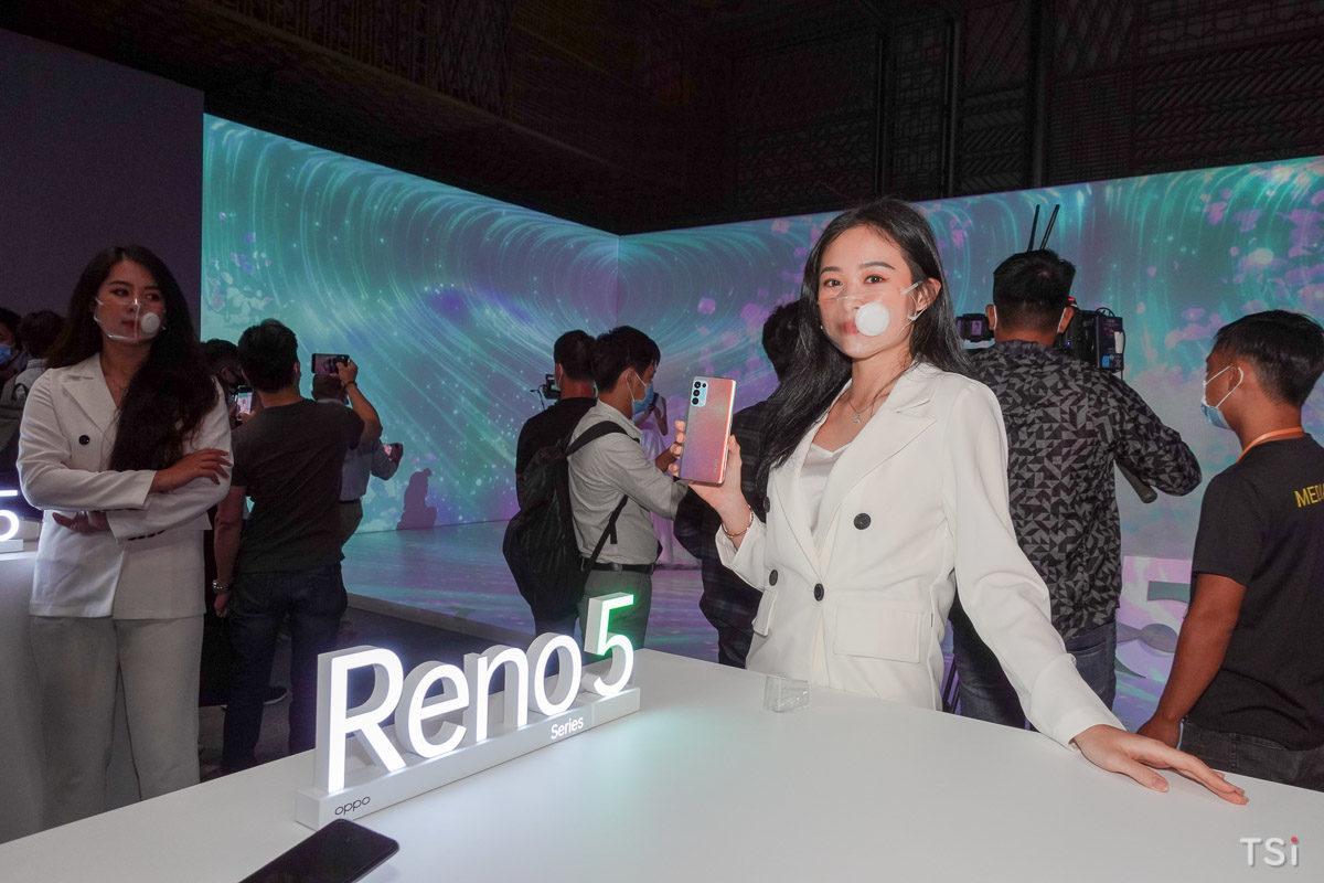 OPPO Reno5 chính thức ra mắt với hai màu, giá 8,7 triệu đồng