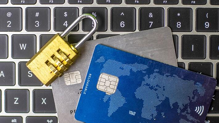 Thông tin cá nhân của bạn bị hacker bán như thế nào?