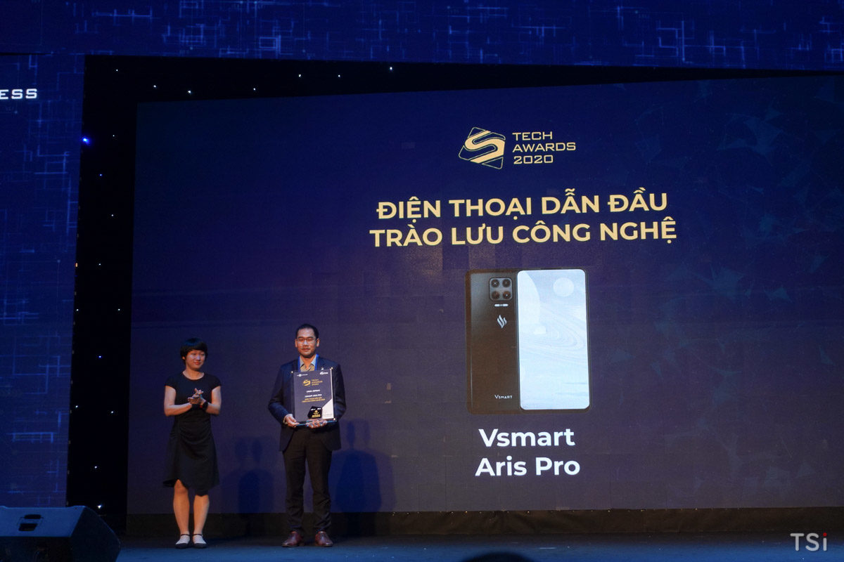 Điện thoại VSmart đoạt nhiều giải thưởng tại Số Hóa Tech Awards 2020