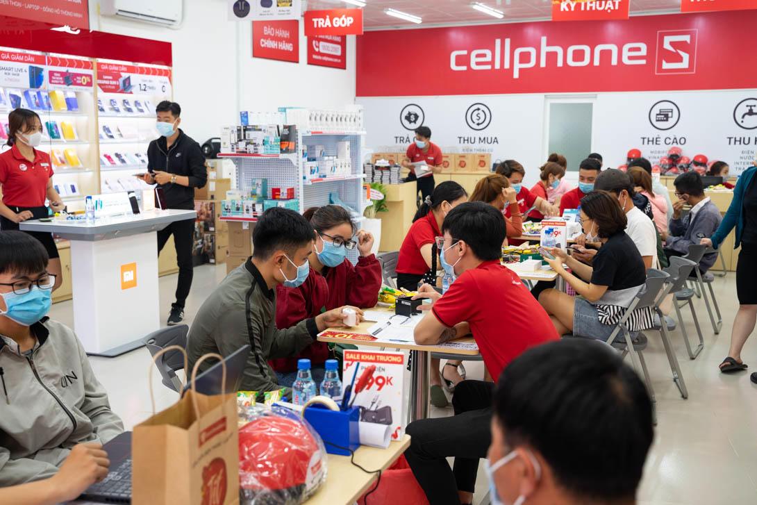 CellphoneS khai trương cửa hàng mới tại tỉnh Bình Dương