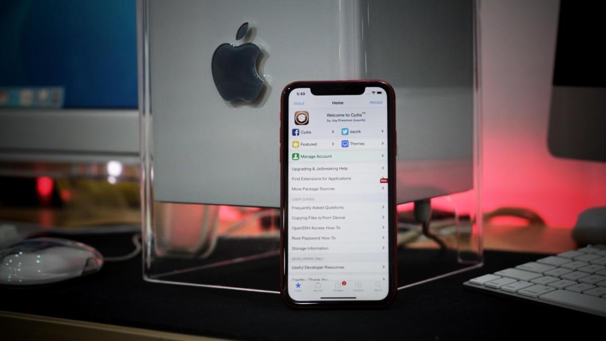 Cần cập nhật iOS 14.4 ngay lập tức để tránh bị tấn công