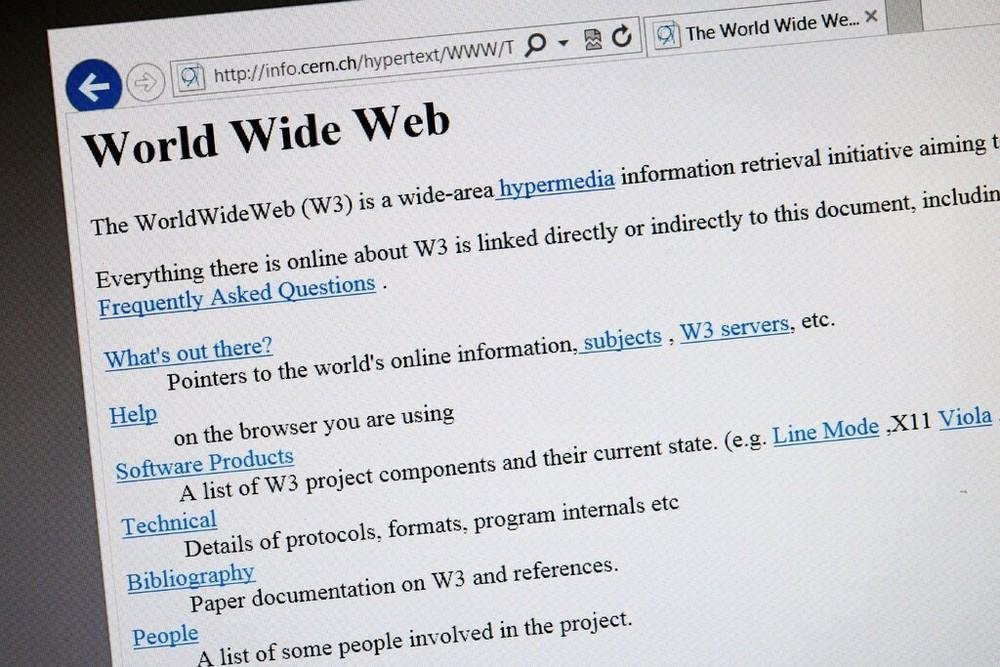 Nhà sáng lập World Wide Web muốn tái thiết quyền riêng tư trên Internet