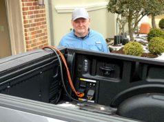 Ford F-150 giúp nhiều người dân Texas vượt qua thảm họa mất điện giữa bão tuyết