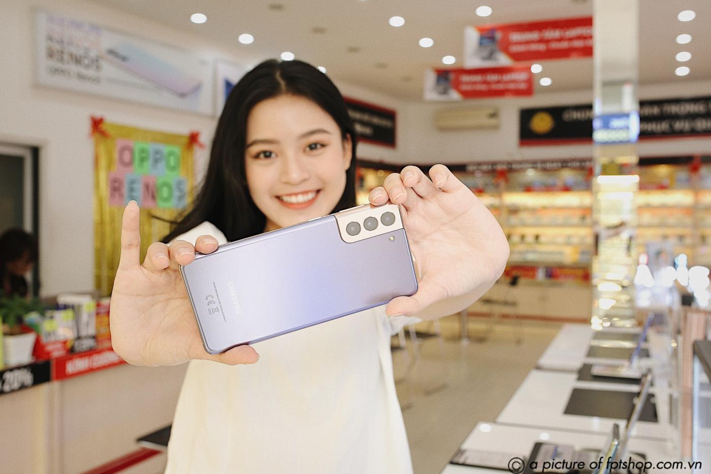Khách hàng FPT Shop được dùng thử miễn phí Galaxy S21 Series trong 14 ngày