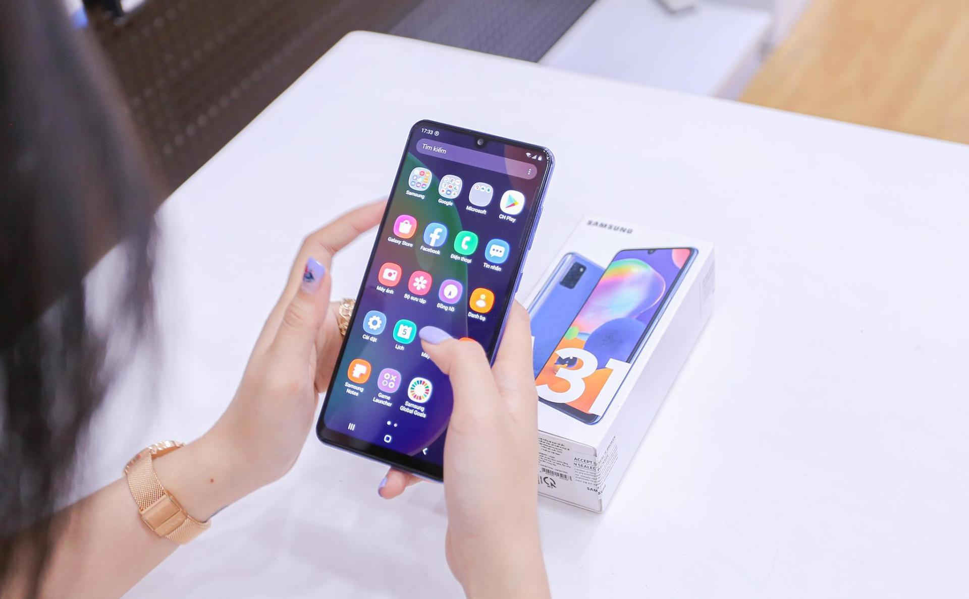 Galaxy A12 và Galaxy A31 giảm giá mạnh nhất từ trước đến nay