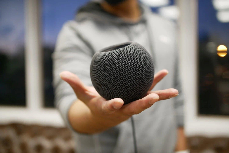 Loa HomePod mini của Apple bí mật tích hợp cảm biến nhiệt độ và độ ẩm