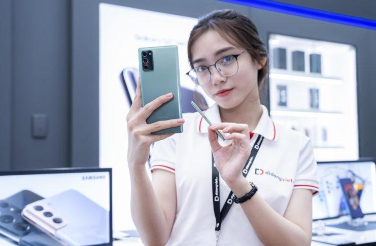 Di Động Việt bán Samsung Galaxy Note 20 | Note 20 Ultra chỉ còn 14,9 triệu