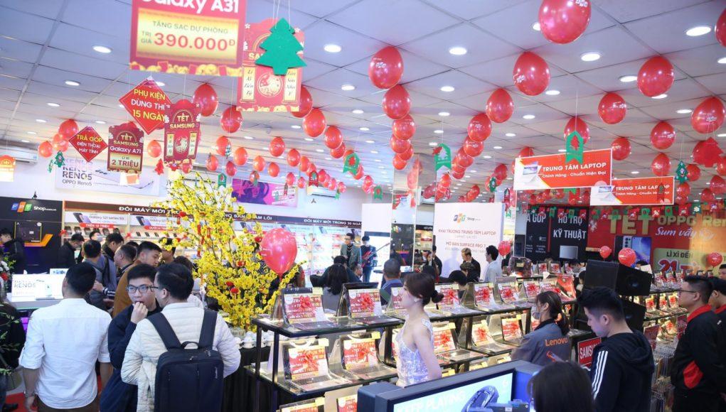 FPT Shop dẫn đầu thị trường bán lẻ laptop gaming
