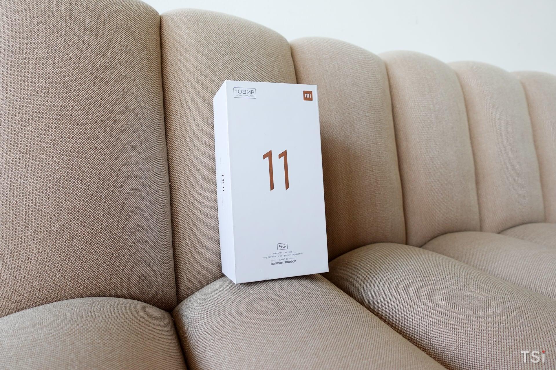Mở hộp và trên tay Xiaomi Mi 11 | 5G: Hoàn thiện tốt, hiệu năng mạnh