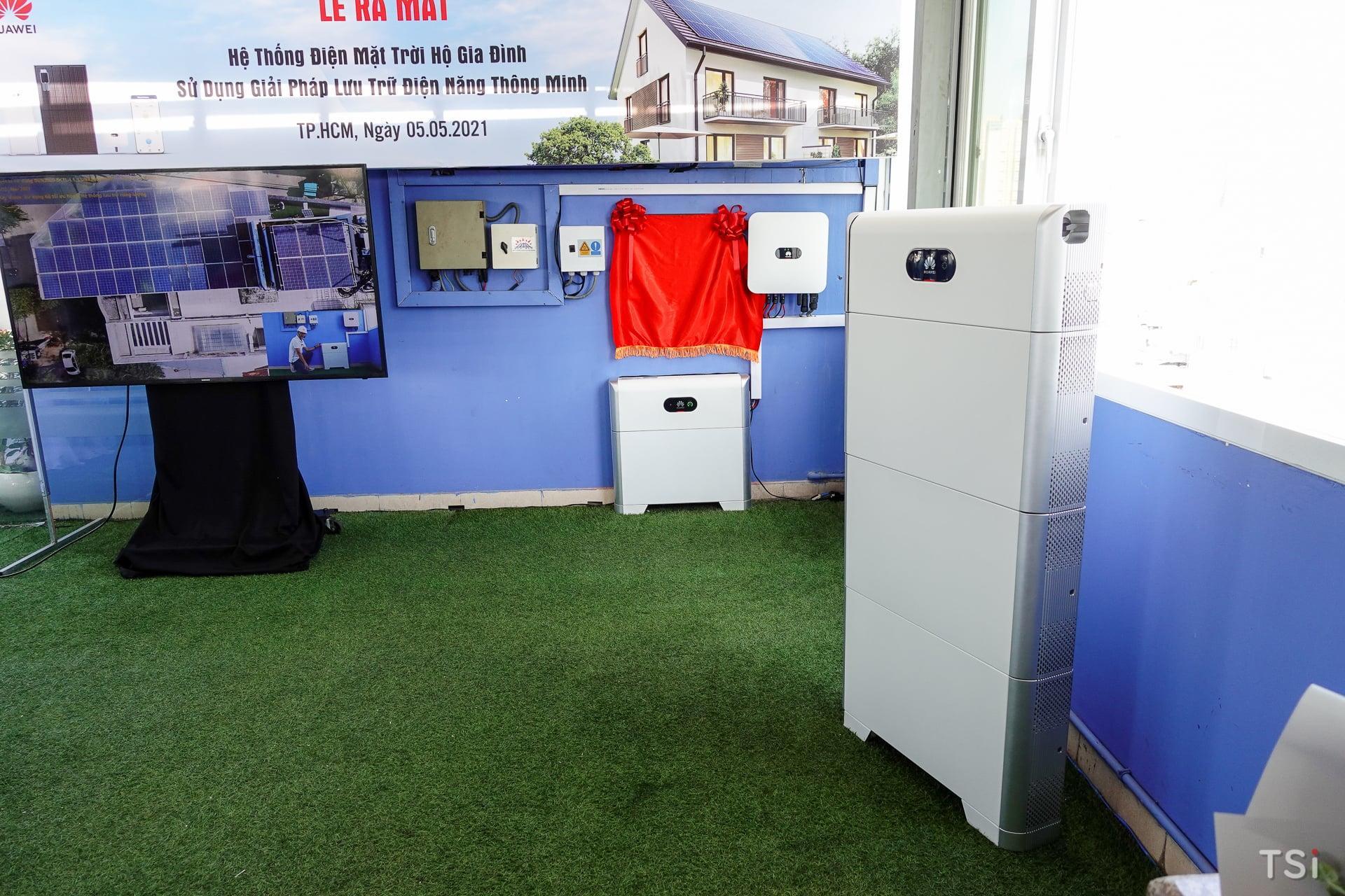 Huawei ra mắt bộ lưu điện cho nhu cầu dùng năng lượng mặt trời