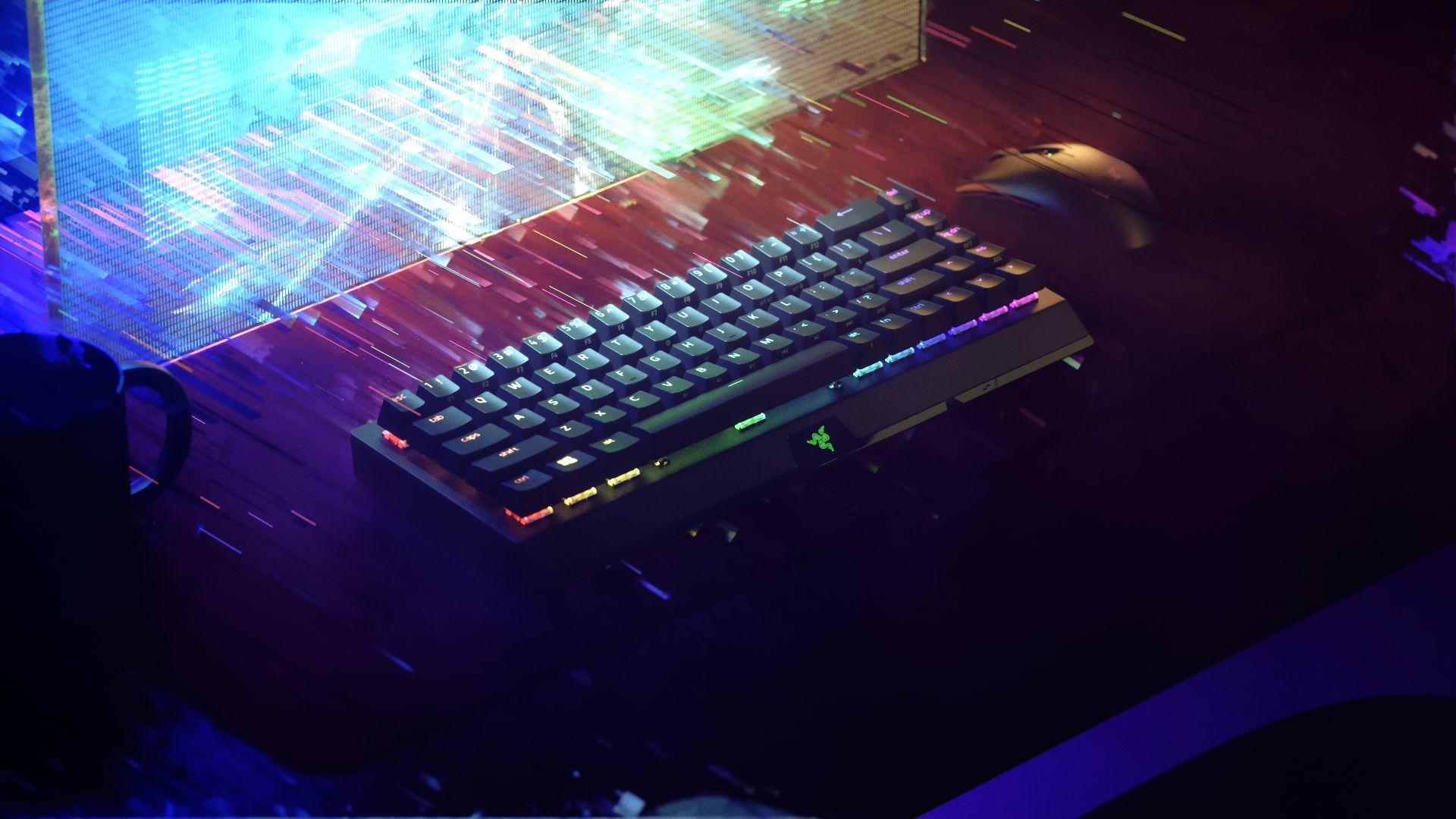 Razer ra mắt bàn phím 'góa phụ đen' BlackWidow V3 Mini HyperSpeed