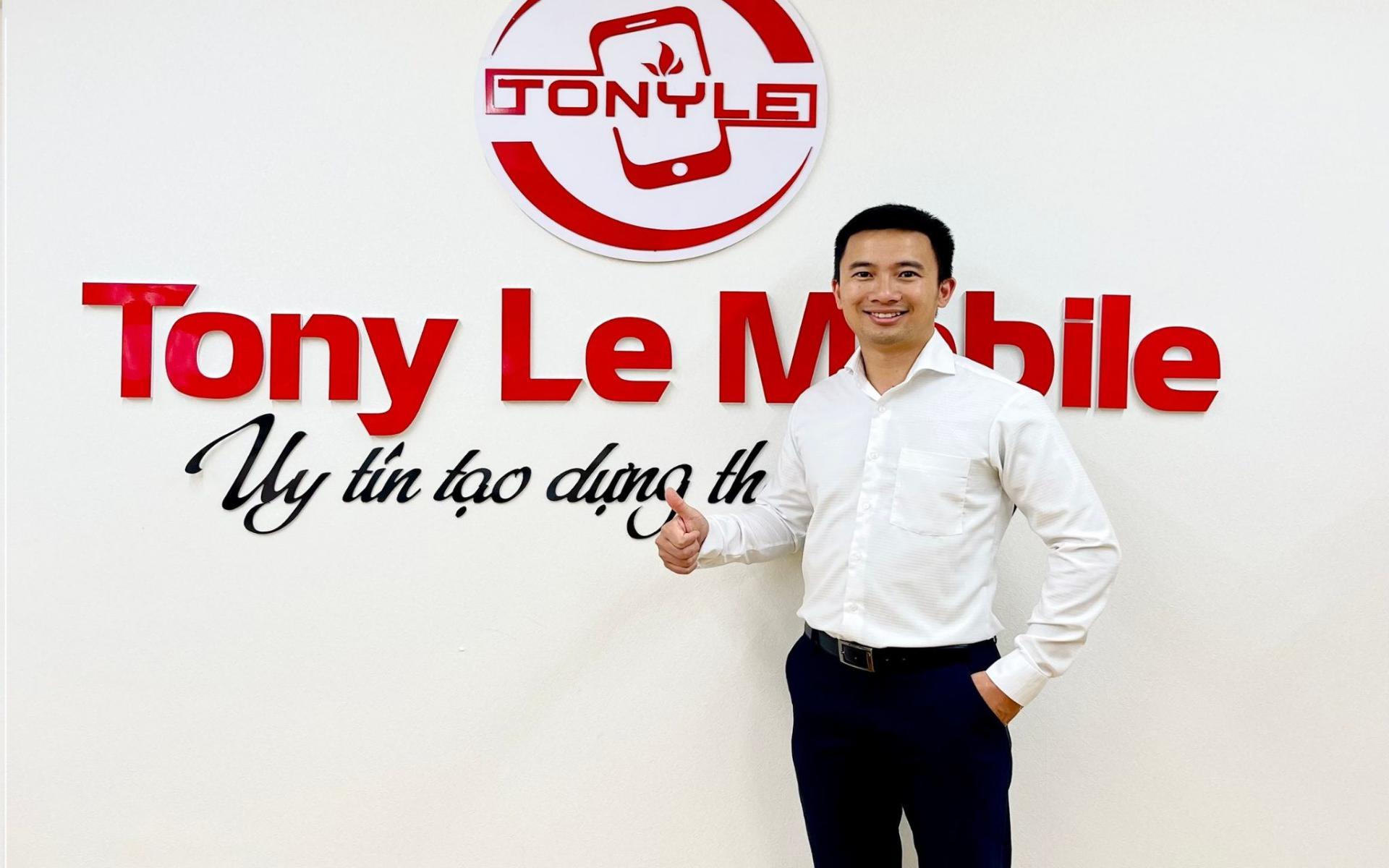 Chân dung CEO Lê Trung Hiếu