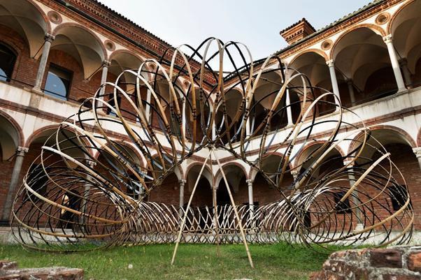 Tác phẩm nghệ thuật cảm hứng từ OPPO tại Tuần lễ thiết kế Milan 2021