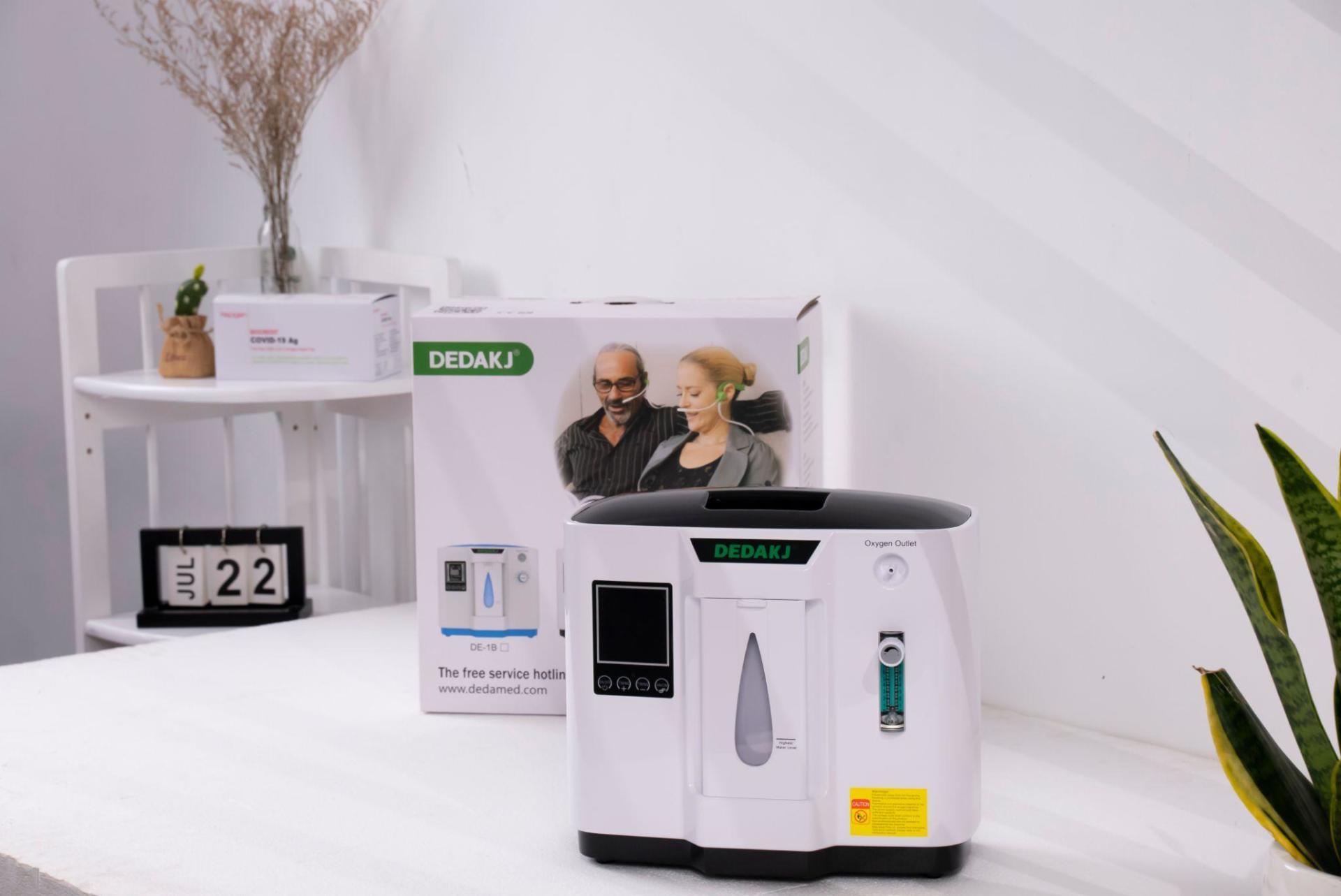 Những thiết bị y tế cần thiết để theo dõi sức khỏe cho mọi nhà