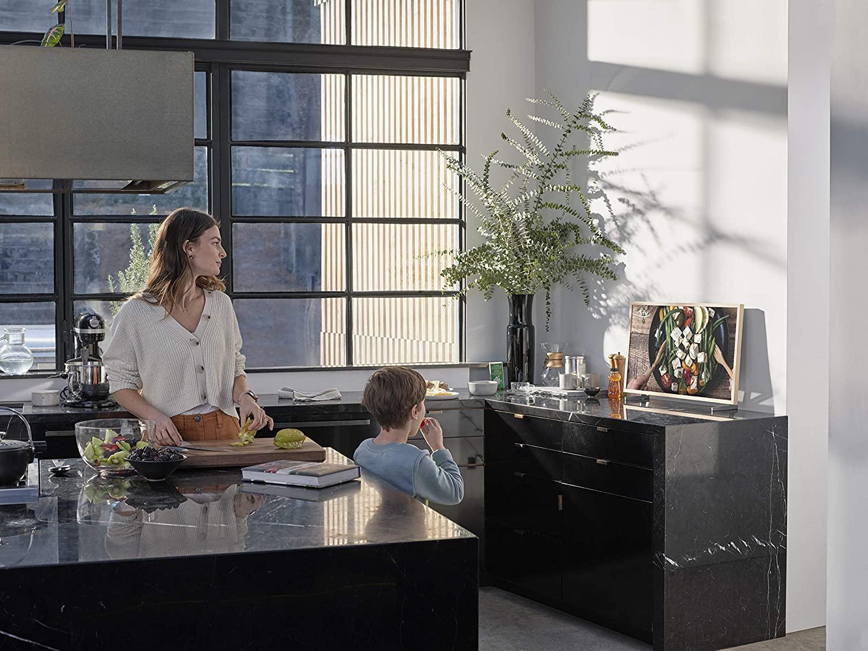 Samsung ra mắt TV The Frame Mini phiên bản đặc biệt