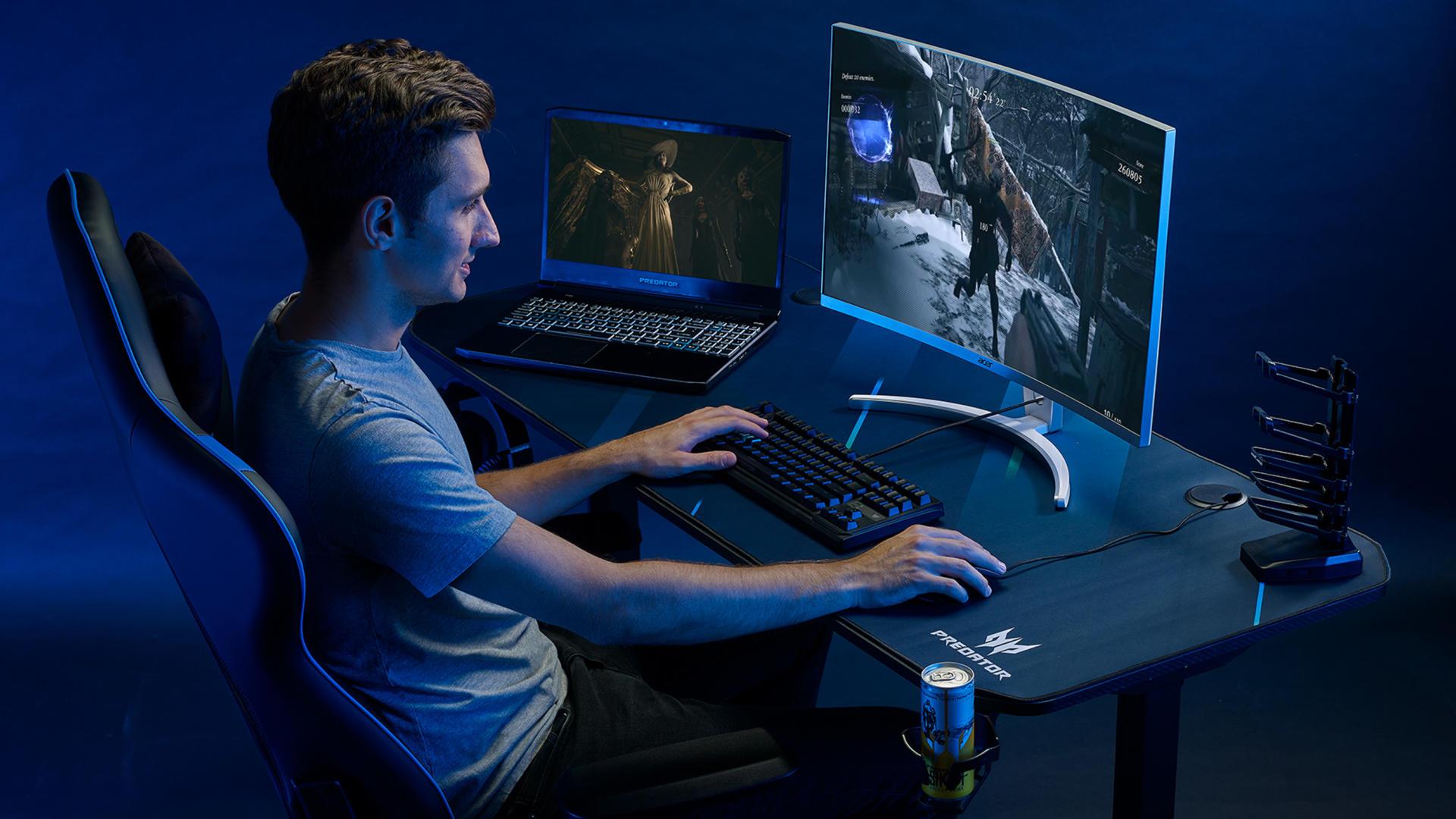 Bàn Gaming Predator